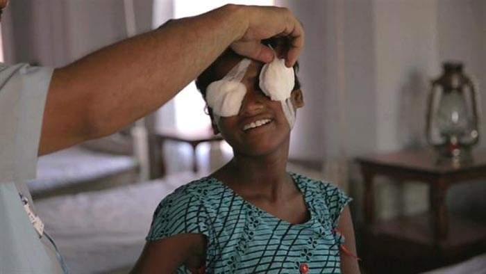 Así reaccionan dos niñas ciegas al ver por primera vez a sus padres 8