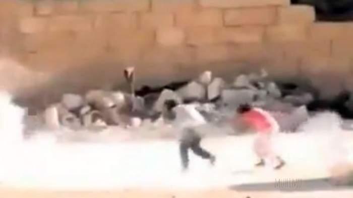 La verdad sobre el niño sirio se hace el muerto para salvar a una niña: te contamos su historia REAL 4