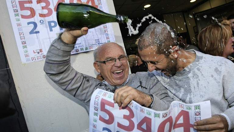 loteria navidad fiesta premios agraciados