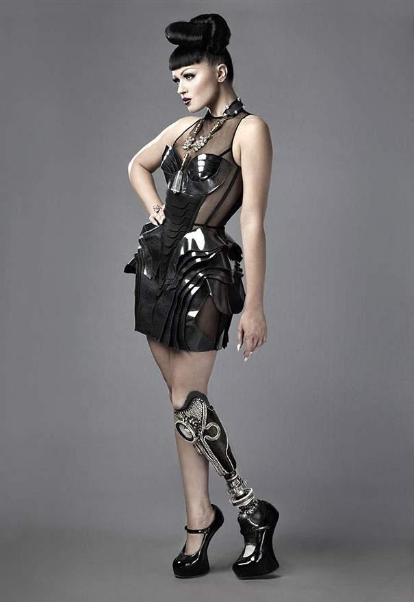 prototype-leg-prosthetics-viktoria-modesta-arte