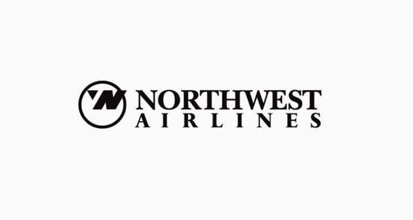 """La """"N"""" también es una 'W' con una flecha apuntando hacia el norte-oeste."""