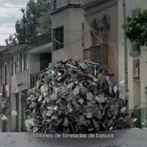 la basura a su lugar