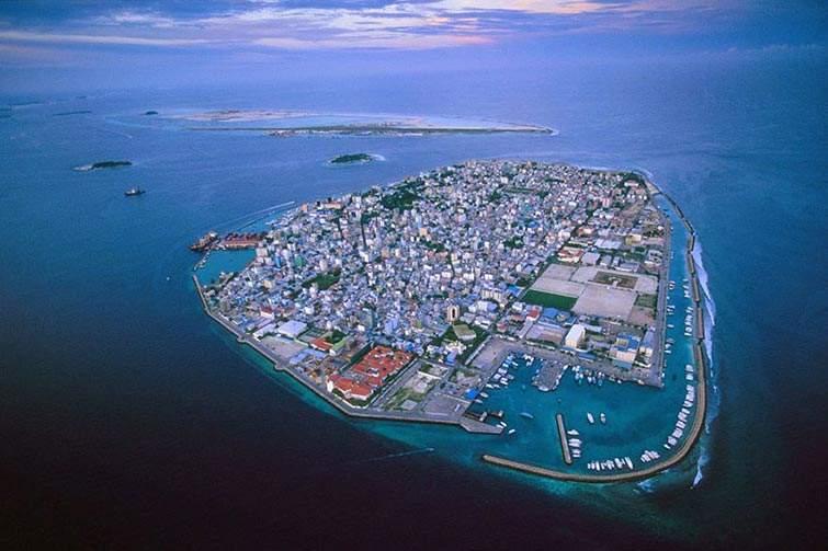 Las Maldivas se están inundando debido al calentamiento global y a la acción humana. Se hundirán en 50 años.