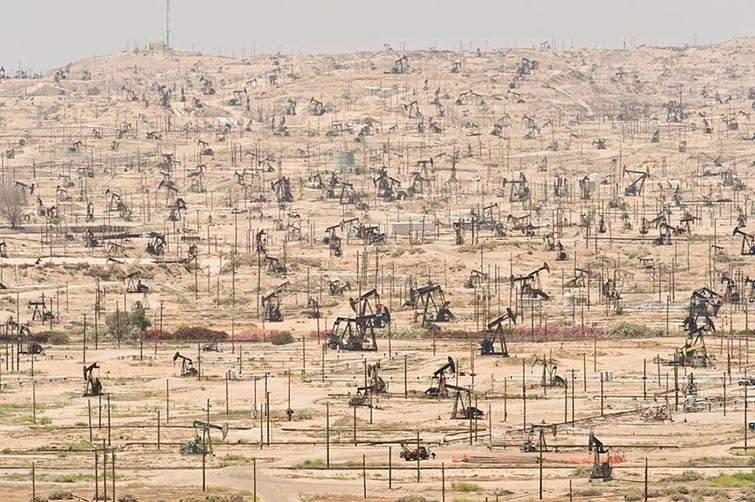 Campo petrolero río Kern, California (EE.UU.) - explotado desde 1899
