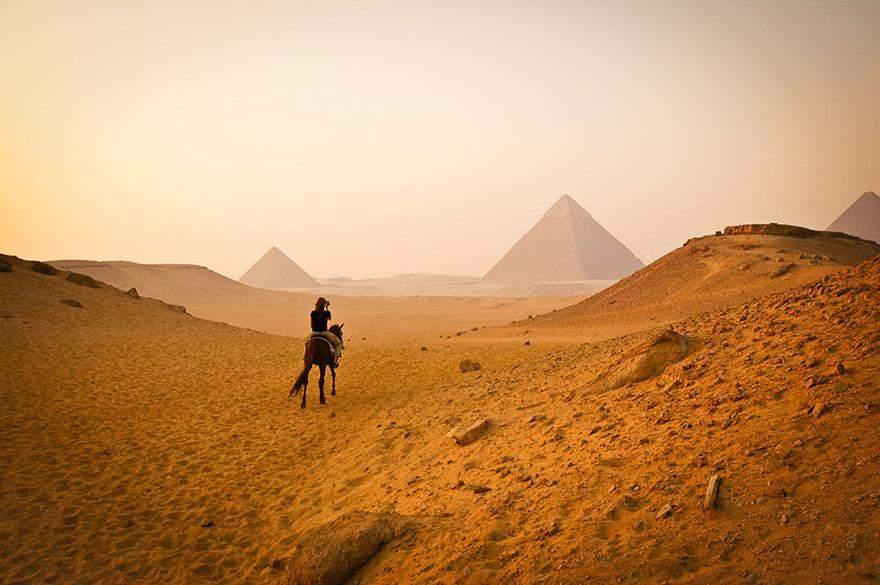 15 destinos mundialmente famosos mostrados junto a su verdadero entorno 9