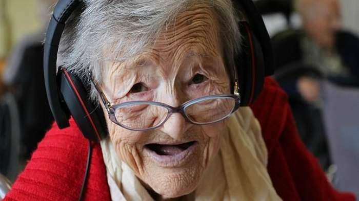 Hay algo que el Alzheimer no puede borrar: las canciones que marcaron nuestra vida 8