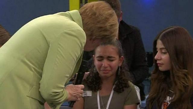 La respuesta de Angela Merkel que hizo llorar a una niña palestina 6