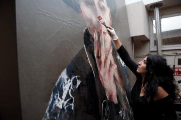 La persona sin hogar que se ha convertido en la pintora española más cotizada del mundo 12