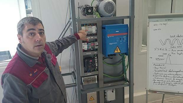 Diseñan en Sevilla una máquina que reduce un 80 por ciento la factura de la luz 4