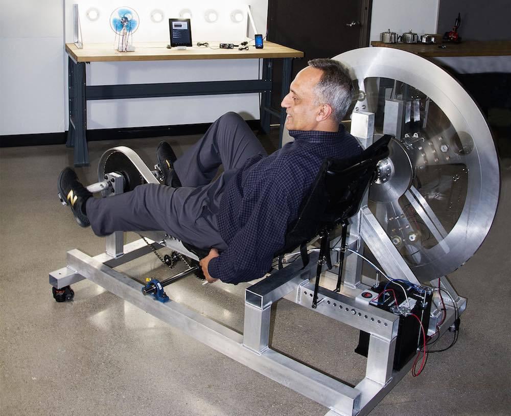 Manoj Bhargava, inventor de la bebida energética 5-hour Energy