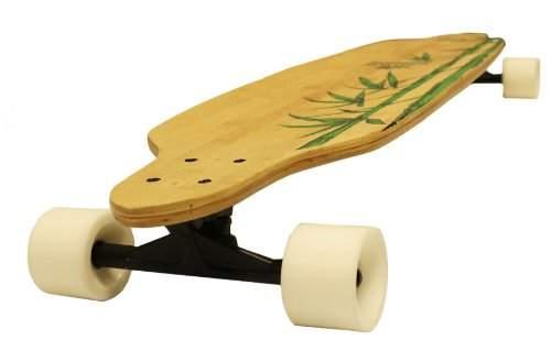 Las longboard de bambú adquieren cada vez más popularidad.