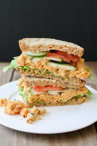 Sandwich de garbanzos.
