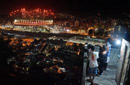 La foto viral que captura la gran desigualdad que vive el Rio de Janeiro olímpico 2