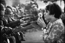 10 inspiradores vídeos sobre la resistencia no violenta que todos deberíamos ver 8
