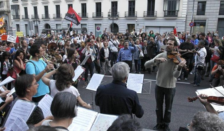 Crisis, indignación y trece canciones protesta al más puro estilo español 2