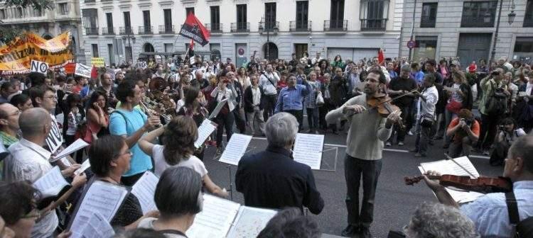Crisis, indignación y trece canciones protesta al más puro estilo español 1