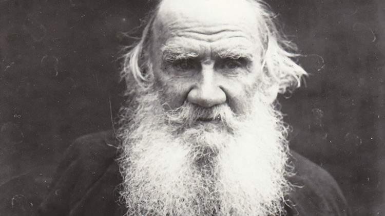 25 Frases De León Tolstói Que Lo Convirtieron En Un Ser Inmortal