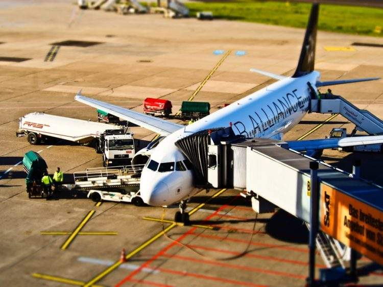 airport-aircraft-departure-travel-seguridad-muhimu