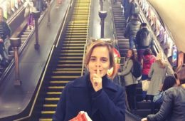 Emma Watson esconde libros feministas en el metro de Londres 6