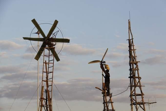 """""""William y el molino de viento"""". La historia del joven que salvó a su pueblo de la hambruna 4"""