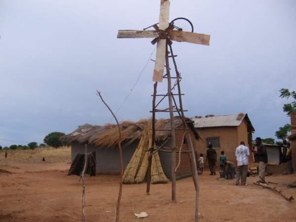 """""""William y el molino de viento"""". La historia del joven que salvó a su pueblo de la hambruna 3"""