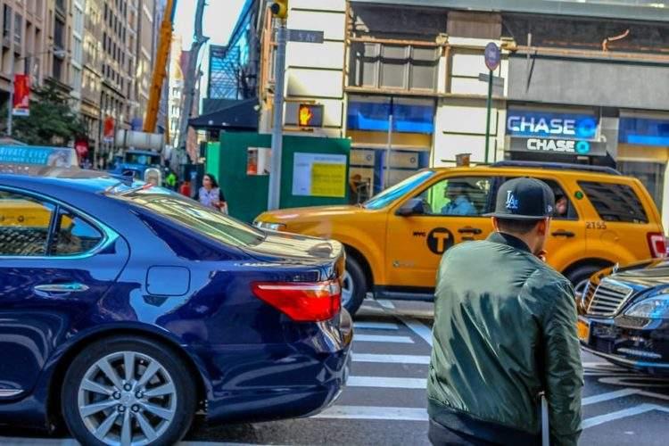 Las ciudades están diseñadas por y para hombres blancos que van en coche 1