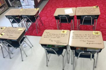 La inspiradora historia de la profesora que motivaba a los alumnos escribiendo mensajes en sus pupitres 4