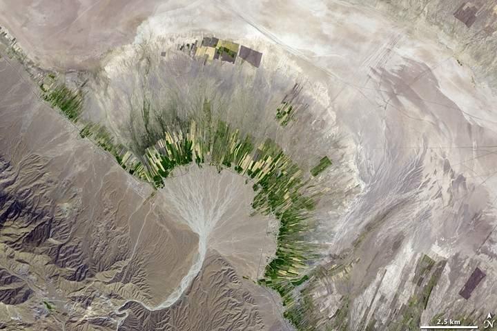 Descubre cómo los persas lograban encontrar agua bajo el desierto 7