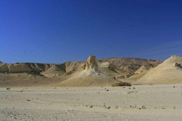 El Mar Muerto iraní se está quedando sin agua. Y el siguiente en 'morir' puede ser el Mediterráneo. 3