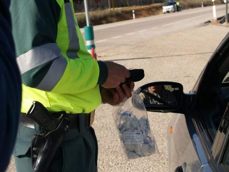 Una agente de la Guardia Civil se enfrenta a prisión por comprarse su propio chaleco antibalas 3