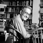 Chomsky nos advirtió que ganaría Trump, pero su nueva premonición es aún peor