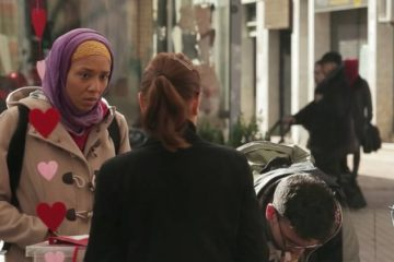 ¿Qué actitud tomarías ante un hecho racista? Descúbrelo en este sonrojante vídeo grabado con cámara oculta 11
