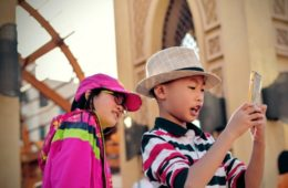El contrato entre padres e hijos más imitado: 18 puntos que deben respetar antes de comprarles un móvil 14