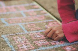 ¿Sería más beneficioso que los niños y niñas tuvieran más descansos y recreos en la escuela? 12
