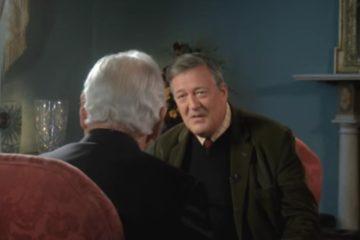 """El actor Stephen Fry, investigado por blasfemia: """"Dios es un maníaco y un egoísta"""". ¿Estás de acuerdo? 10"""