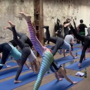 Beer Yoga: la pasión por el yoga y la cerveza unidos en una nueva disciplina 11
