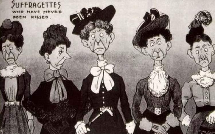 """Estas postales propagandísticas de principios del siglo XX muestran lo """"peligrosos"""" que eran los derechos de las mujeres 17"""
