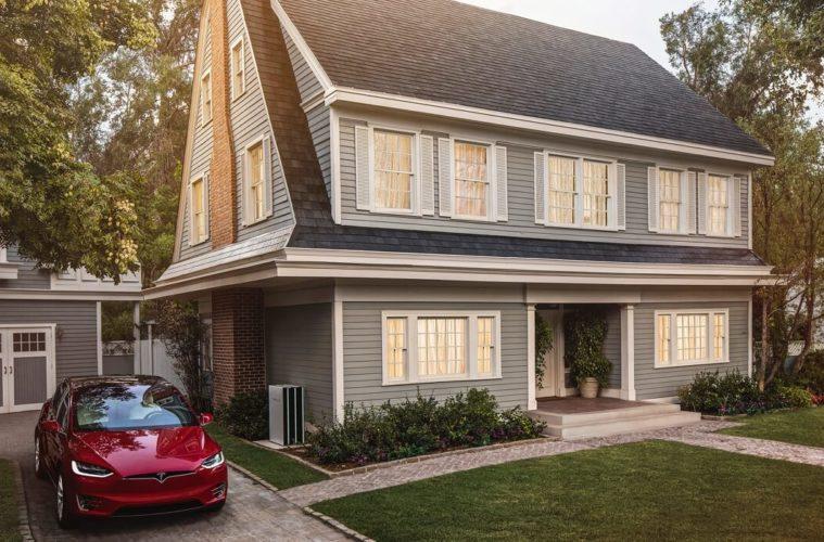 Tesla comienza la venta de su techo solar con garantía de por vida 2