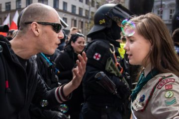 La imagen que simboliza la lucha contra el auge del fascismo en Europa 10