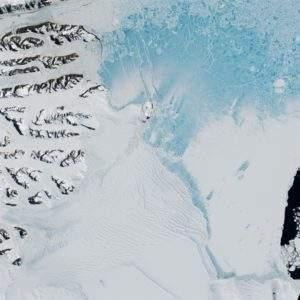 Ya ha comenzado: la Antártida se rompe en icebergs gigantes 4