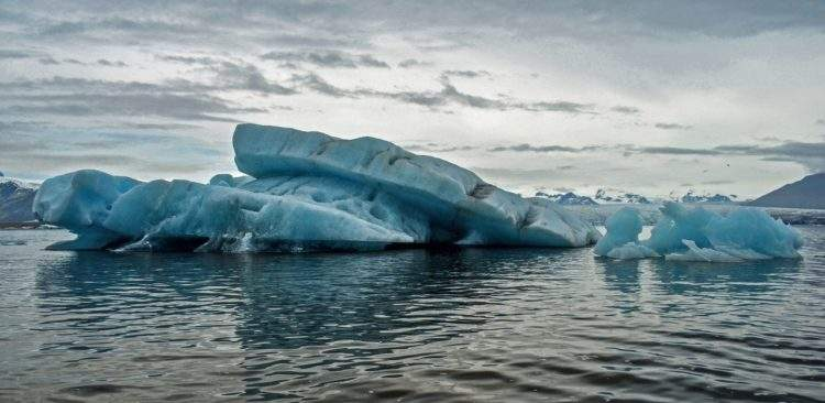Ya ha comenzado: la Antártida se rompe en icebergs gigantes 3