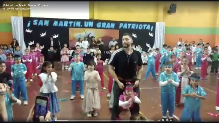 El video que emocionó a todos: la alumna con discapacidad que cumplió su sueño de ser bailarina 1