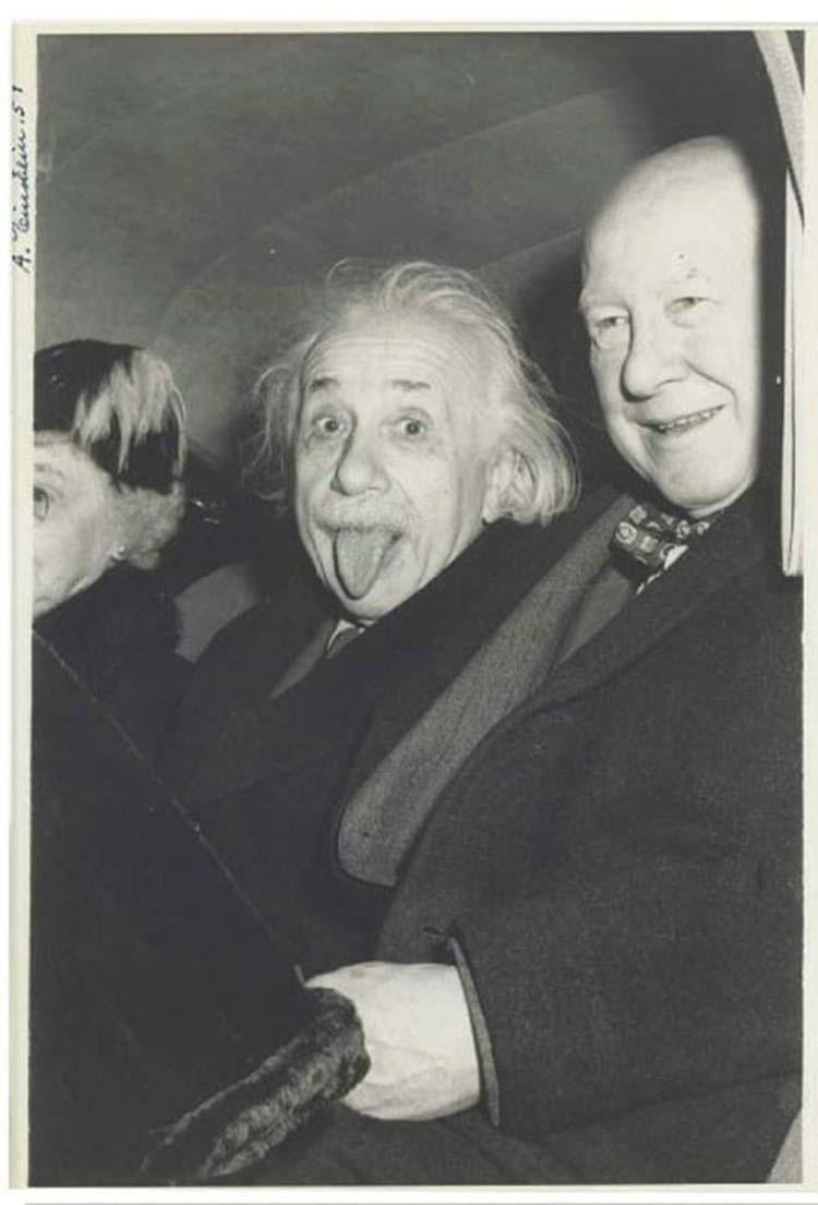 La curiosa historia detrás la foto más famosa de Albert Einstein 3