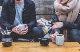 El curioso motivo de una cafetería vegana para cobrar un 18% más a los hombres 14
