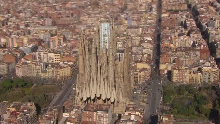 Así de espectacular será la Sagrada Familia en el año 2026 (vídeo) 2