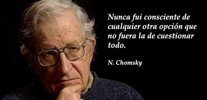 """Chomsky: """"los escándalos de Trump solo eran una distracción para esconder lo que pasaba detrás"""" 2"""