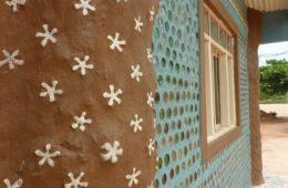 Casas de botellas: la segunda oportunidad de las personas en situación de pobreza en Bolivia 4