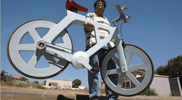 Esta es la revolucionaria bicicleta hecha de material reciclado que cuesta solo 7€ 1