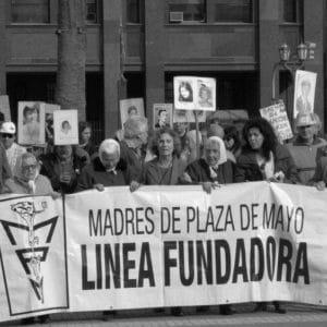 Esta era Marta Vásquez, la presidenta de las Madres de Plaza de Mayo y un símbolo de la lucha por la verdad en Argentina 6