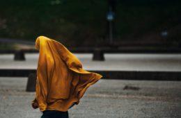 """""""Mataría a mi hermana si ella fuese a trabajar"""" y otras respuestas que encontrarás en las calles jordanas 8"""